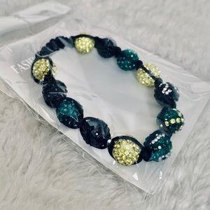 Fashionable crotchet and beads bracelets